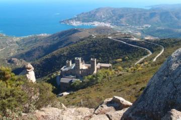 Pěší kulturní putování podél katalánského pobřeží Costa Brava – severní část